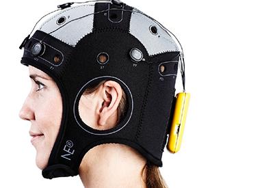 Del cervell a la màquina: com controlar un ordinador amb el pensament