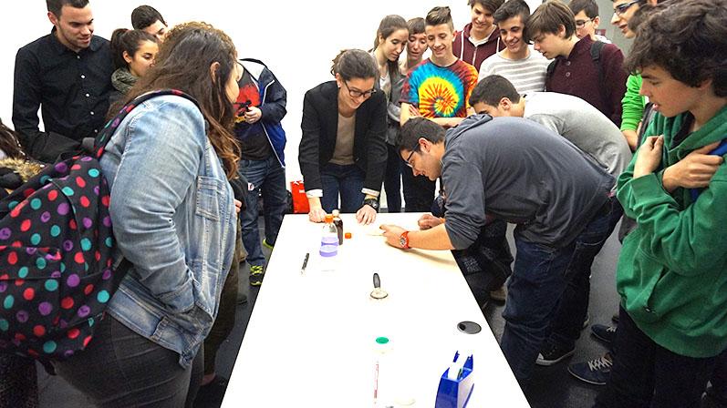 Nanociència i nanotecnologia: ENTER THE NANO!