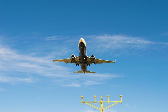 Descobreix les bandes de radiofreqüència a l'entorn aeri