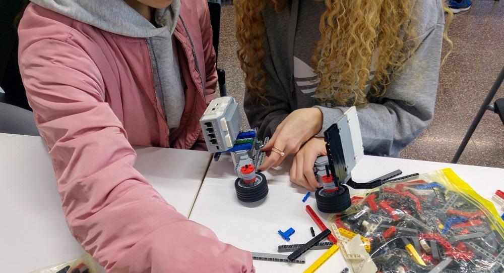 Vols construir un robot LEGO?